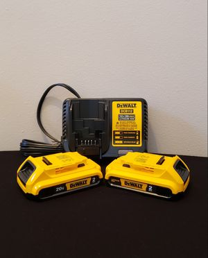 New (2) Batteries Dewalt 2.0AH And Charger DCB112 FIRM PRICE for Sale in Woodbridge, VA