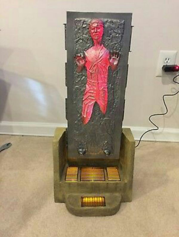 Sideshow Star Wars Han Solo in Carbonite Premium Format Statue Hot Toys Figure