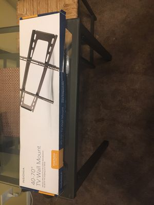 Insignia 40-70 inch TV Wall Mount for Sale in Los Angeles, CA