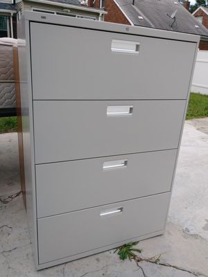 File Cabinet $40 for Sale in Detroit, MI