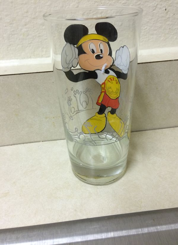 Mickey mouse champion Glass cup