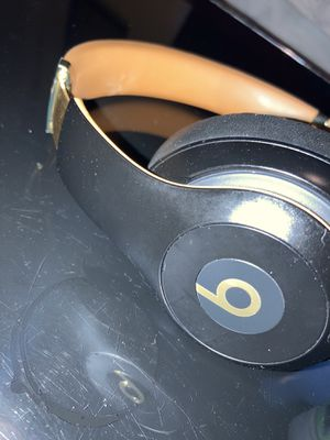 Beats studio 3 (wireless beats) for Sale in Nashville, TN