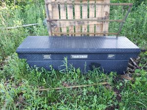 Full Size Truck Box for Sale in Iberia, MO