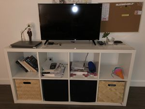 Table and TV for Sale in Miami, FL