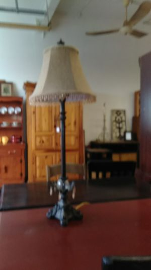 Lamp - antique/vintage style. Perfect condition w/gorgeous lampshade for Sale for sale  Manchester, CT