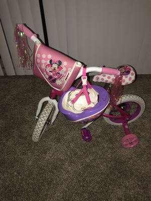 Minnie Mouse bike with training wheels for Sale in Silver Spring, MD