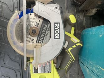 Ryobi 5 1/2 Inch Circular Saw And Batteries for Sale in Sykesville,  MD