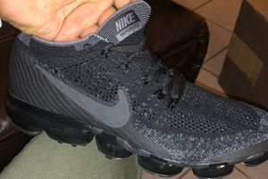 Men Nike Vapor max Triple Black for Sale in Chicago, IL