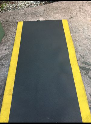 Workout mat good condition for Sale in Homestead, FL