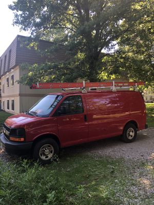 08' Chevy express 3000 (1 ton) 200k+ miles with new trans. And $1,800 in new parts w/ receipts)j for Sale in Cleveland, OH