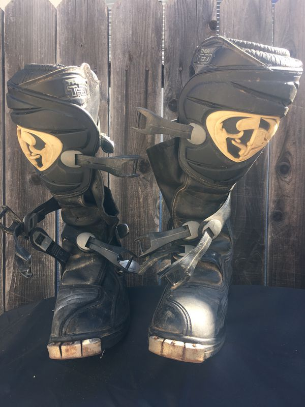 Dirt bikes riding boots, size 7