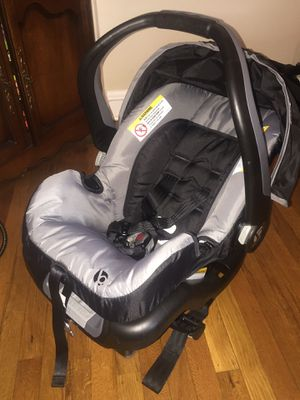 Babytrend car seat for Sale in Philadelphia, PA