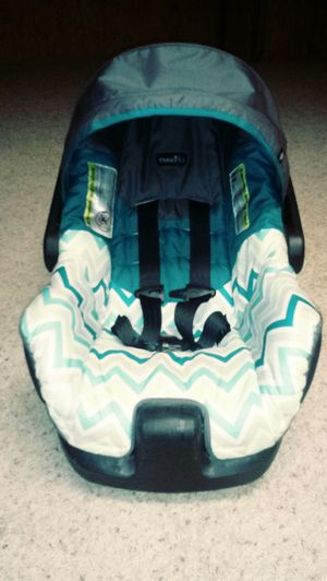 Evenflo nurture infant car seat for Sale in Grand Rapids, MI