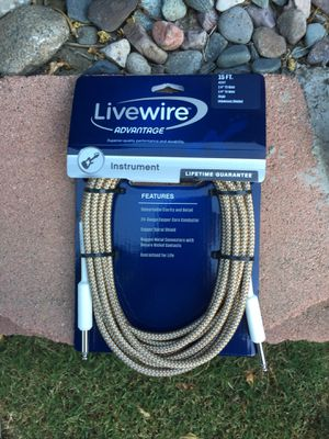 Livewire 15ft Instrument Cable for Sale in Long Beach, CA