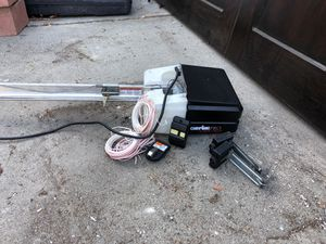 Garage door opener genie for Sale in Pomona, CA