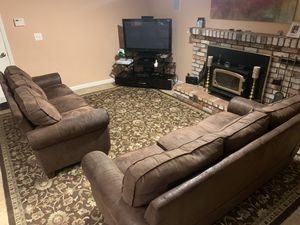2 couches in good condition for Sale in Pittsburg, CA