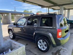 2014 Jeep Patriot latitude for Sale in Baytown, TX