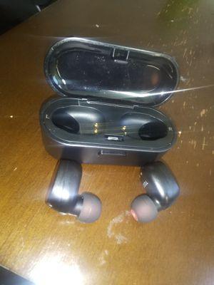 Wireless Bluetooth headphones for Sale in Philadelphia, PA