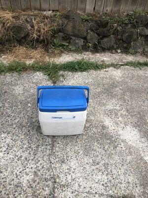 Coleman cooler for Sale in Tacoma, WA
