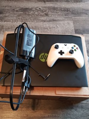 Hp Pavilion Gaming Laptop-1 Month old + Controller for Sale in Dallas, TX