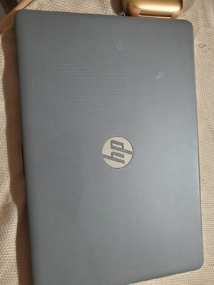 Hp laptop 2019 model i3 8gb ram 500gb hard drive perfect condition for Sale in Miami, FL