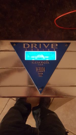 CRUNCH CAR audio amplifier 300w for Sale in Lynn, MA