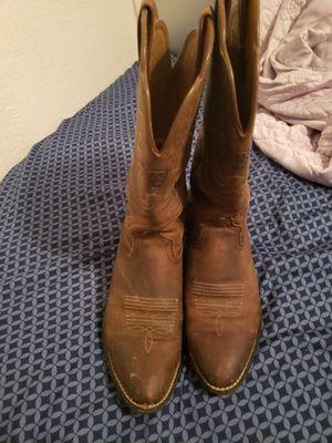 Ariat brown cowboy boots size 9 for Sale in Phoenix, AZ