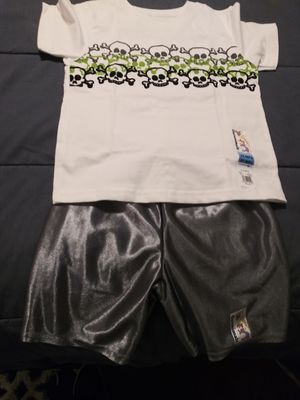Brand New with tags shirt & shorts size 3T for Sale in Tacoma, WA