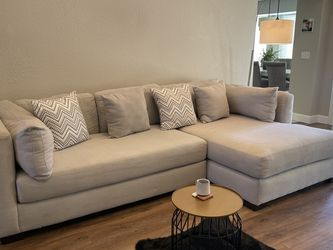 Sectional Couch From American Furniture Warehouse for Sale in Scottsdale,  AZ