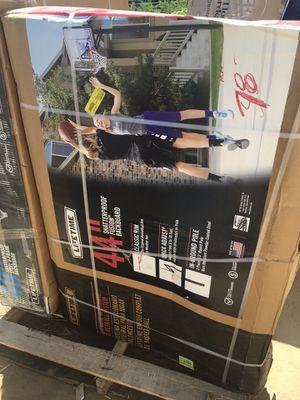 Lifetime 44 in. Shatterproof fusion backboard for Sale in Kingsburg, CA