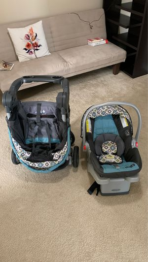 Car seat/stroller set for Sale in Cary, NC