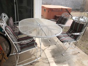 Patio Table 4 chairs set $75 for Sale in Phoenix, AZ