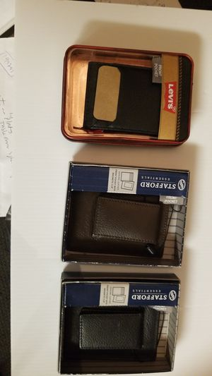 Genuine leather Front pocket with magnetic Clip for Sale in FAIRMOUNT HGT, MD