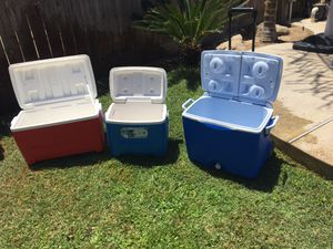 Ice chest 8 for Sale in Selma, CA