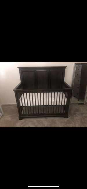 BRAND NEW CRIB WITH MATTRESS!!!! for Sale in San Carlos, CA