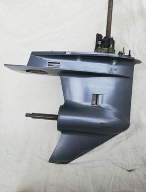 Yamaha Outboard Lower Unit 67F00Y for Sale in Fort Lauderdale, FL