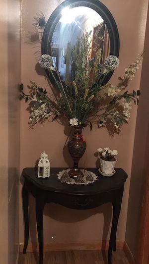 Block table with mirror for Sale in Stroudsburg, PA
