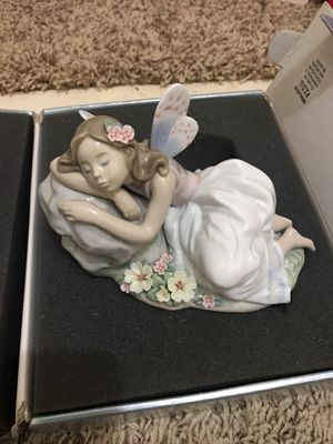 Lladro Princess of the Fairies Figurine - Mint Condition for Sale in Warren, MI