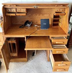 Desk for Sale in La Mirada,  CA