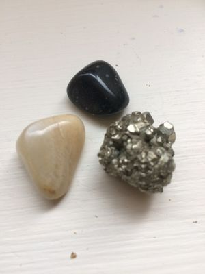 Genuine gemstone bundle: moonstone, obsidian and pyrite- all 3 for $5 for Sale in University Place, WA