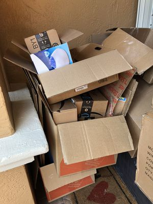 Free moving boxes for Sale in Miramar, FL