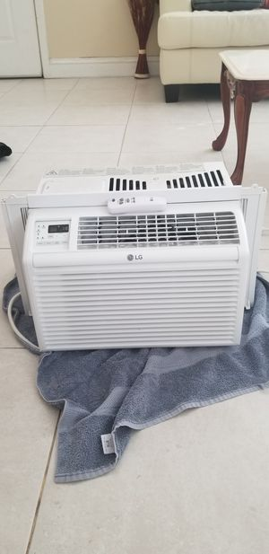 LG Window AC with remote for Sale in Tracy, CA