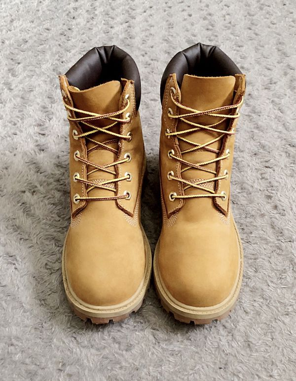 Boys Timberland 6-inch Premium boots retail $125 size 6M Like New! Excellent condition no issues normal wear. Classic Waterproof Wheat Nubucks. These