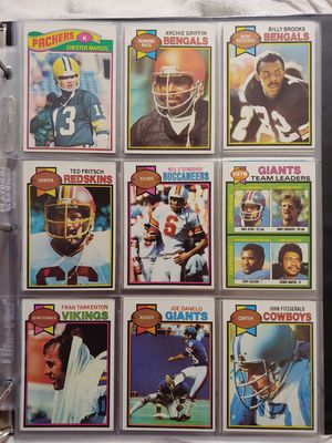 1748 baseball and football cards from 1953-1981 for Sale in Orlando, FL