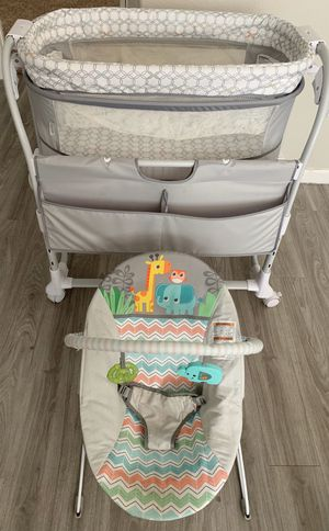 Ingenuity Bassinet and Bright Starts Bouncer for Sale in Phoenix, AZ