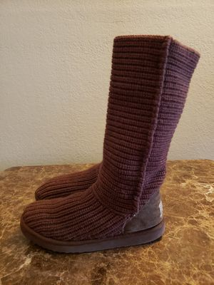 UGG Classic Cardy Boots size 8 for Sale in San Jose, CA