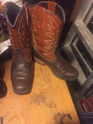 Girls boots for Sale in Harlingen, TX
