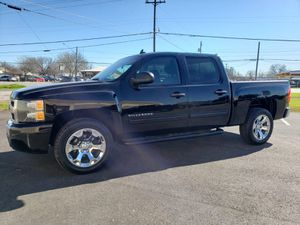 2011 CHEVY SILVERADO CREW CAB 142k for Sale in Grand Prairie, TX