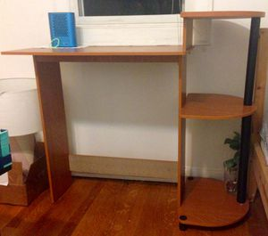 Desk (only use one month) for Sale in Los Angeles, CA