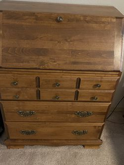 Secretary Desk for Sale in Snohomish,  WA